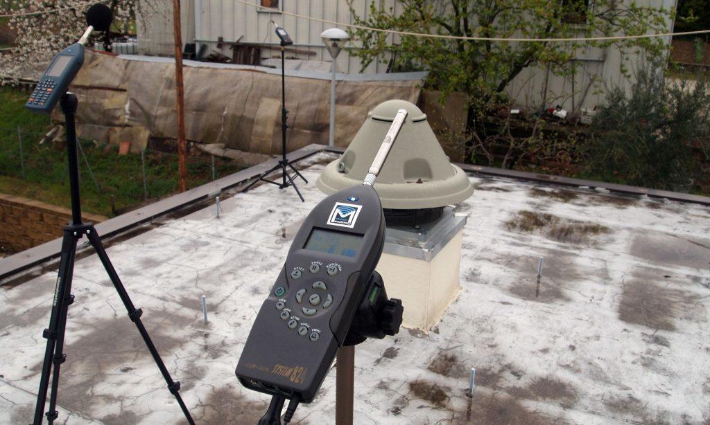 misure acustiche fonometriche di emissione sorgente di rumore